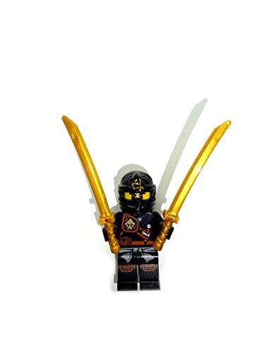 LEGO Ninjago 70747 - Minifigura de Cole para rodillas (incluye 2 espadas)