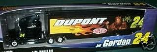 Jeff Gordon #24 Dupont 2004 Wizard of Oz Lion 1/64 Scale Winners Circle Hauler Trailer Rig Transporter Semi Truck