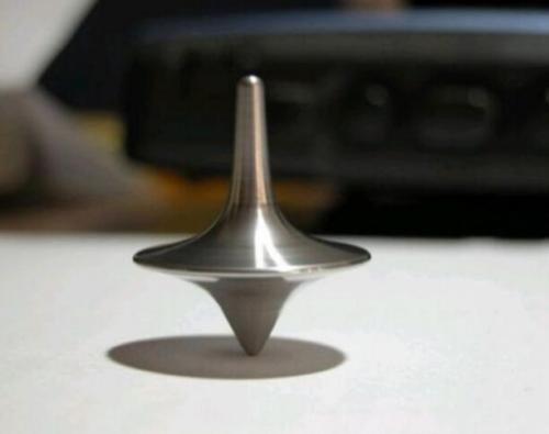 1pc/lot plata de la inyección del color del tótem exacto que gira la aleación del cinc superior