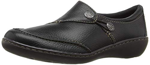 Clarks Women's Ashland Lane Q Slip-On Loafer, Black, 7.5 W US