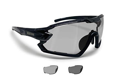 BERTONI Gafas Ciclismo Running MTB Esquí Tennis Padel Polaridas Fotocromaticas Mod. Quasar (Negro/Fotocromaticas Polarizadas)