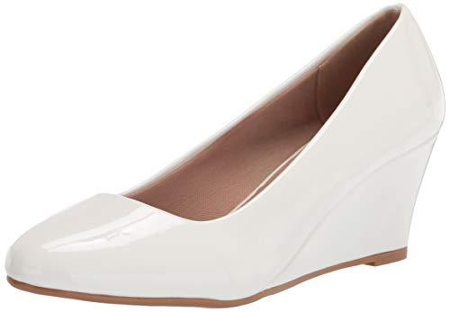 OLIVIA K Süße Damenschuhe mit Keilabsatz – Pumps – einfaches Einschlüpfen, Komfort, Weiá (weiße Lacklederoptik), 37 EU