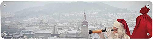 HNNT Kerstmis Economische Tin Sign, Kerstman Zittend op het dak Top Doorkijken Verrekijker bewolkt stadsgezicht Decoratieve 40x10 cm Kennisbord voor Indoor Outdoor Yard Straat Tekenen