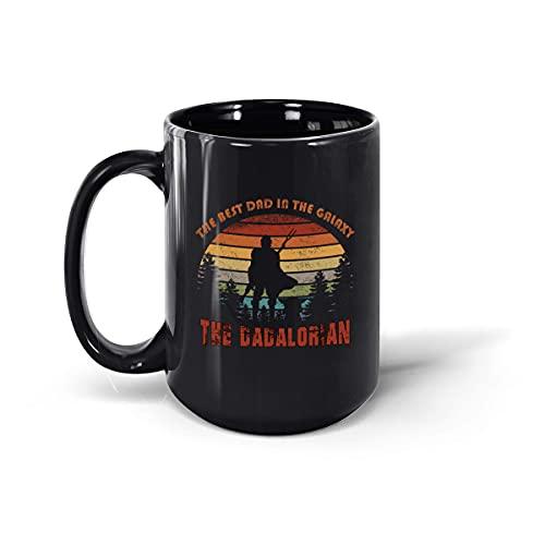 Taza de café con texto en inglés 'The Best Dad in The Dadalorian' (negro, 15 onzas)