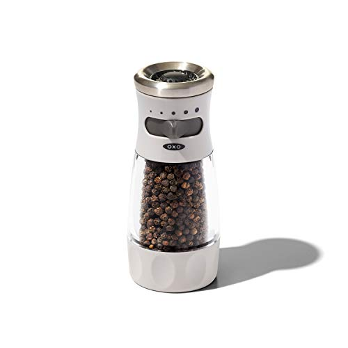 NEW OXO Good Grips Contoured Mess-Free Pepper Grinder