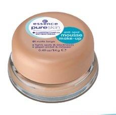 Essence Pure Skin Pure Anti-Spot Mousse Make-Up gegen Pickel & Mitesser mattierend & beruhigend mit clearderm Complex Antibacterial Wirksamkeit ist Hautärztlich bestätigt. Nr. 01 matte beige Inhalt: 14g Make Up Mousse fürs Gesicht.