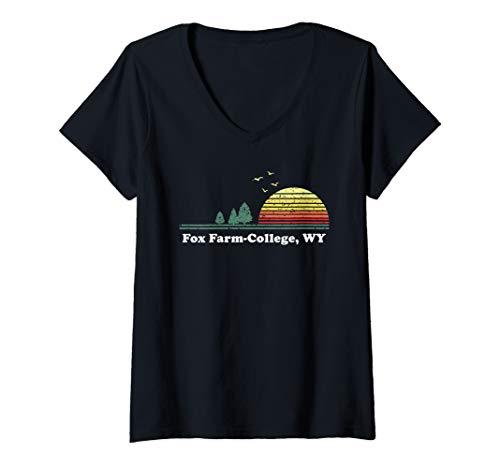 Womens Vintage Fox Farm, Delaware Home Souvenir Print V-Neck T-Shirt