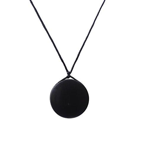 Heka Naturals Collar de Shungite con Colgante Diseño Fortuna Hecho de Piedra Shungit   Joyería de Shungita Moderna, Usada para Equilibrar Chakras y Energía   Fortuna