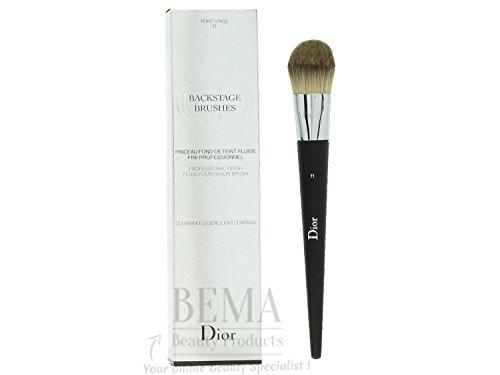 Christian Dior Backstage Brushes Professional Finish Fluid Foundation Brush -