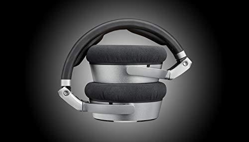 Neumann NDH20 Close-Back Monitoring Studio headphones