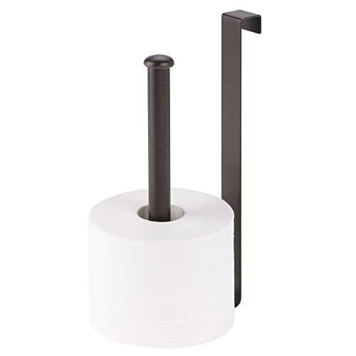 mDesign praktischer WC Rollenhalter für 2 Rollen – Klorollenhalter ohne Bohren fürs Bad – platzsparender Papierrollenhalter aus rostfreiem Metall zum Aufhängen – bronzefarben