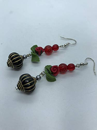 Rose red earrings by Unique jewellery