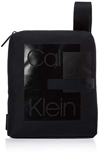 Calvin Klein Layered Cnvrtbl Flat Crossover, Borsa a Tracolla Uomo, Nero (Black), 0.1x0.1x0.1 centimeters (W x H x L)
