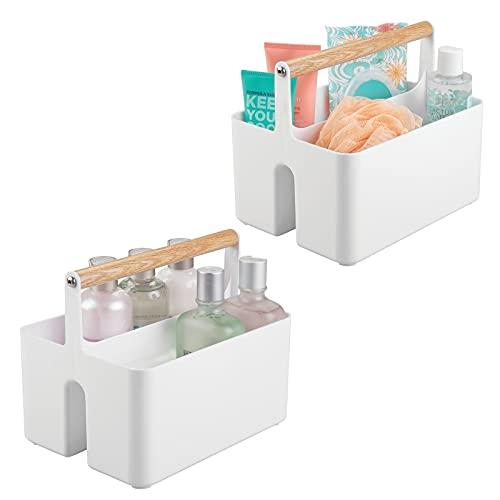 mDesign Juego de 2 cajas organizadoras para baño – Cajas de plástico con asa de madera para el almacenamiento de productos cosméticos – Organizador de baño con 2 compartimentos – blanco