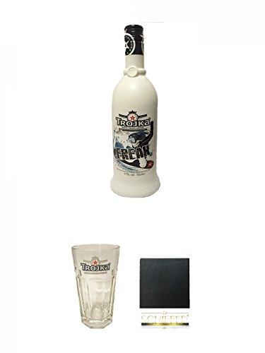 Trojka Freak Erdbeerlikör mit Wodka White 0,7 Liter + Trojka Longdrinkglas 1 Stück + Schiefer Glasuntersetzer eckig ca. 9,5 cm Durchmesser