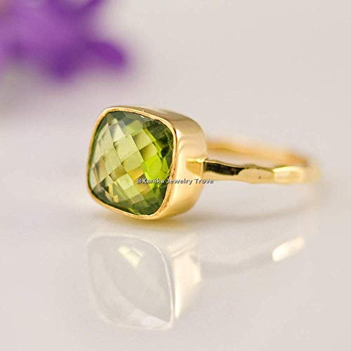 August Birthstone Ringe-Grüne Edelsteinringe-Kissenform Peridot Ringe-925 Sterling Silber Ringe für Damen-18 Karat Gelbgold plattierte Ringe