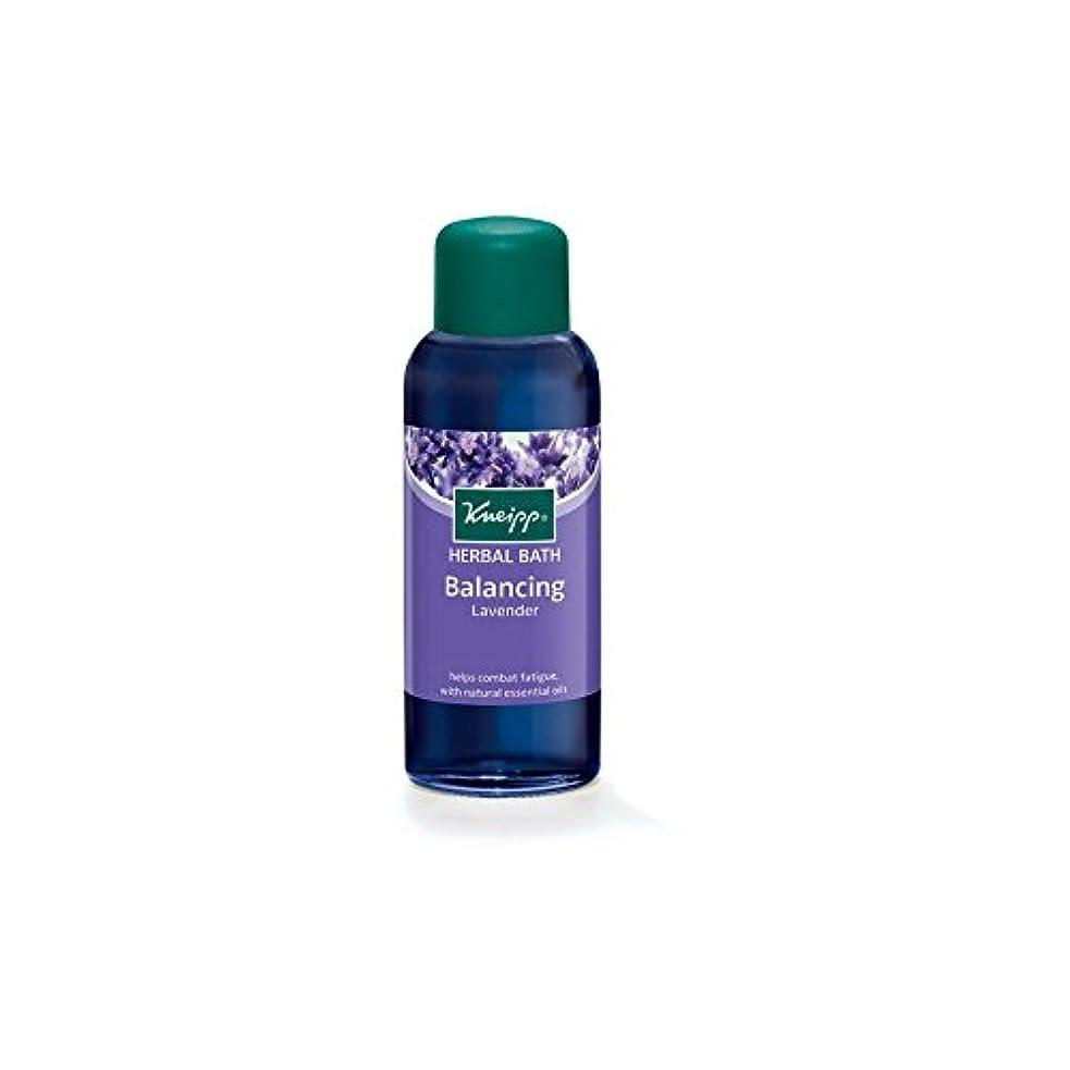 倍増変色する仲間Kneipp Balancing Herbal Lavender Bath Oil (100ml) (Pack of 6) - クナイプのバランスハーバルラベンダーバスオイル(100ミリリットル) x6 [並行輸入品]