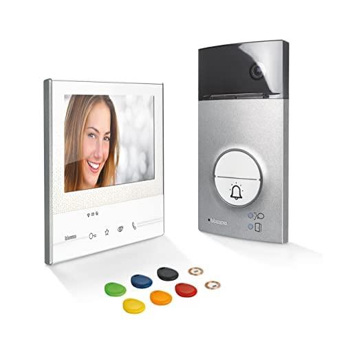 Kit de intercomunicación de puerta Bticino 363911 con clase de video 300 x13e y línea 3000 insignia, blanco