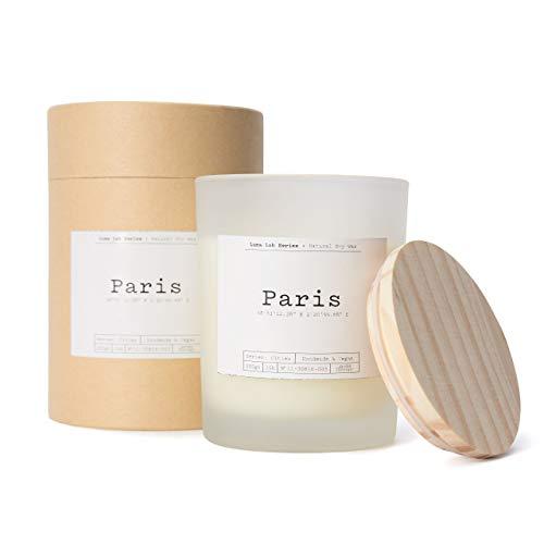 Lumaland Luma Lab Vela Perfumada City - Paris - Recuerdos de tu Lugar Favorito en Casa - 100 % Cera de Soja - Vegana, Sostenible y Elegante - Aroma a Jacinto, Lavanda y Madera de Cedro