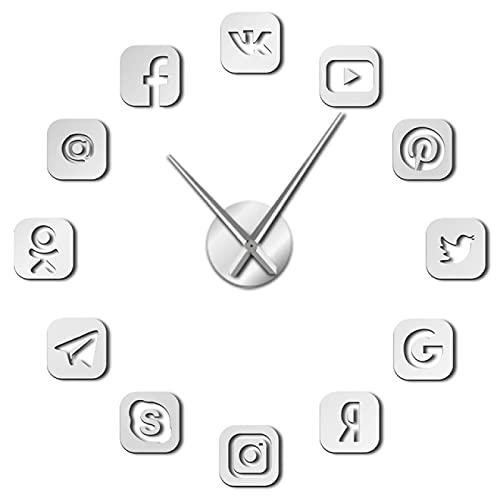 hufeng Reloj de Pared Símbolos de Redes sociales DIY Arte de Pared Reloj de Pared Oficina Dormitorio Decoración 3D Iconos sin Marco Reloj de Pared Regalos para Plata