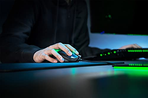 Razer DeathAdder V2 – Kabelgebundene USB Gaming Maus mit ergonomischen Komfort (Optische Switches, optischer Fokus+ 20K Sensor, Speedflex Kabel, integrierter Speicher) Schwarz - 5