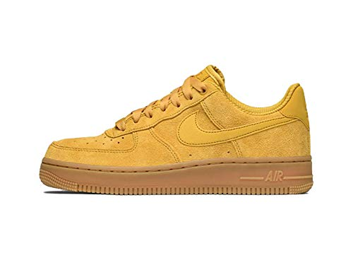 Nike Wmns Air Force 1 '07 SE, Scarpe da Ginnastica Donna, Giallo (Mineral Yellow/Mineral Yellow), 43 EU