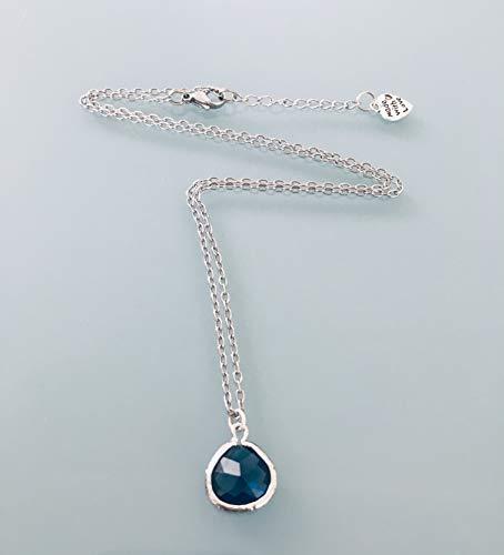 Collana con zaffiro in acciaio inossidabile, gioielli, collana con zaffiro, gioiello con zaffiro, gioiello in pietra naturale, collana con portafortuna, gioielli