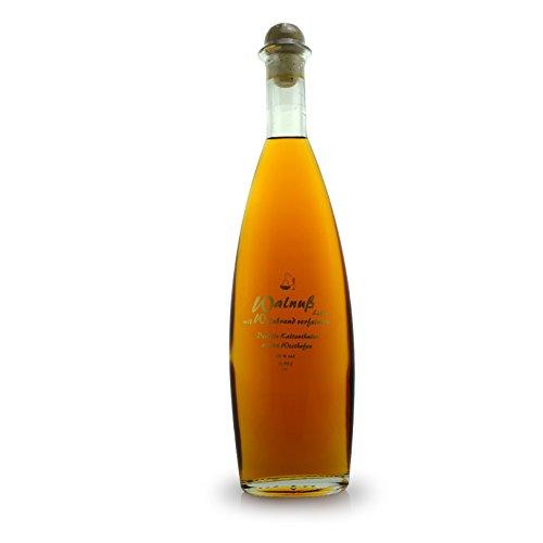 Walnuß-Likör mit Weinbrand - Winzerlikör