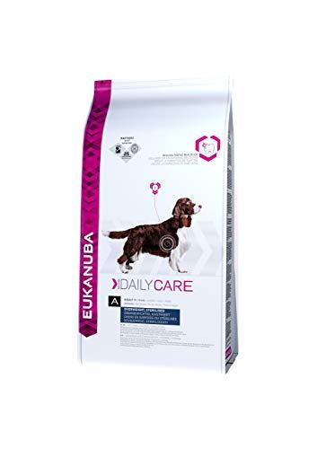 Eukanuba Daily Care Overweight / Sterilised Trockenfutter – Fettarmes Spezialfutter für übergewichtige oder kastrierte Hunde, 12,5 kg