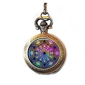 Fractal abstrakte Mandala Taschenuhr Halskette, versilberte Uhr Anhänger Schmuck und Kette, spirituelle Heilung Yoga Uhr Schmuck Schmuck Blau Lila Pink