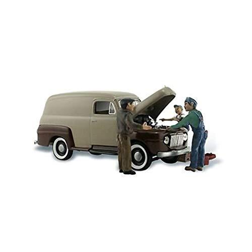 Carburetor Chaos Delivery Van w/Figures N Scale Woodland