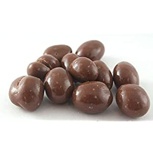 a mix of milk chocolate covered peanuts and raisins. from 100grams packed by jkrtrading.com A Mix of Milk Chocolate Covered Peanuts and Raisins. from 100Grams Packed by JKRTrading.com 31OFY8k13EL