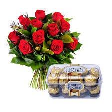 Super Oferta: Ramo DE 12 Rosas Rojas Naturales Frescas+Caja 16 Bombones Ferrero Rocher + Nota...