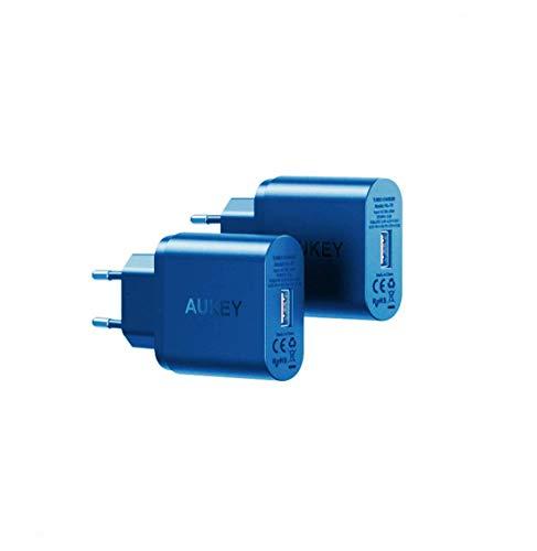AUKEY Cargador USB un Enchufe con 4 USB Puertos (5V/2,4A * 4) para iPhone 8 / X / 7 / 7 Plus, Macbook Pro / Air, iPad, Smartphone, Portátiles, Lámpara de Escritorio etc.