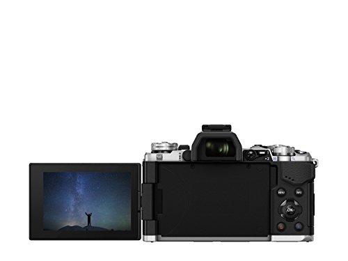 Olympus OM-D E-M5 Mark II Systemkamera (16 Megapixel, 7,6 cm (3 Zoll) TFT LCD-Display, Full HD, HDR, 5-Achsen Bildstabilisator) inkl. M.Zuiko Digital ED 12-50 mm Objektiv Kit silber