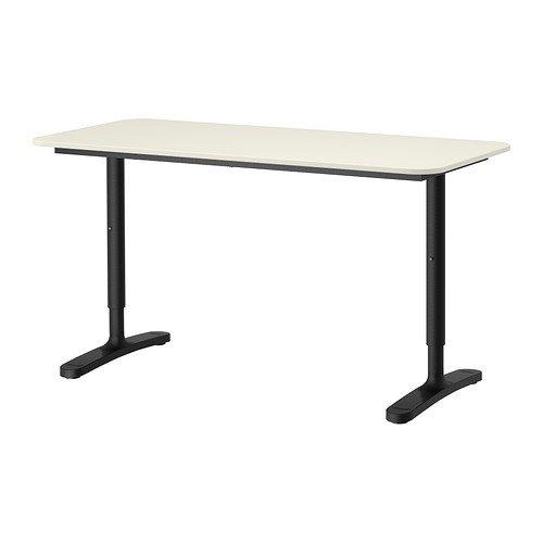 IKEA BEKANT Schreibtisch in weiß; mit schwarzem Gestell; höhenverstellbar; (140x60cm)