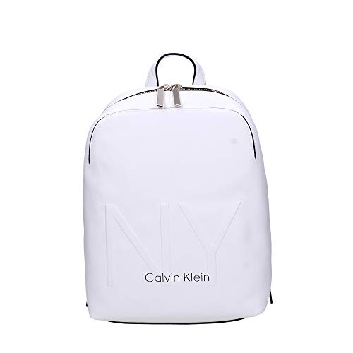 Calvin Klein Shaped Backpack, Damen Rucksack, Weiß (White), 0.1x0.1x0.1 cm (W x H L)