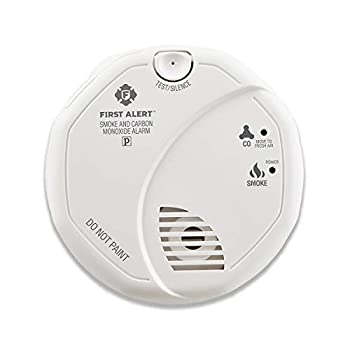 First Alert SCO5CN Combination Smoke and Carbon Monoxide Detector Battery Operated