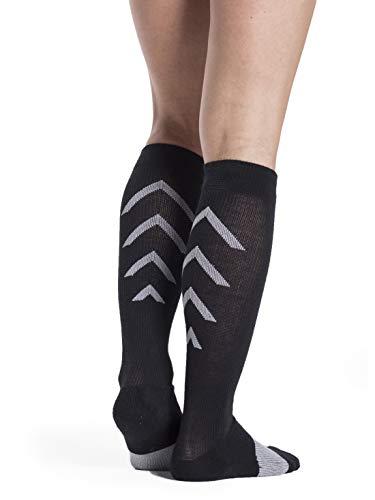 Sigvaris Men's & Women's 401 Athletic Recovery Calf High Socks 15-20mmHg