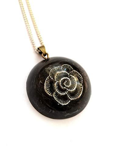 Collar rosa negra colgante de resina hecho a mano mujer unisex idea de regalo flor gótica oscura joyería unisex