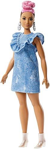 Barbie Fashionista, muñeca 32cm con look vestido tejano con moño rosa (Mattel FJF55)
