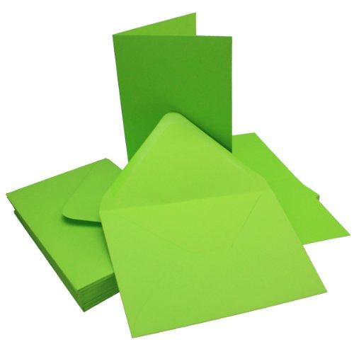 DIN B6 Faltkarten Set mit Umschlägen - Hellgrün - 25 Sets - 115 x 170 mm - ideal für Einladungskarten, Hochzeit, Taufe, Kommunion, Konfirmation - formstabil - Marke: FarbenFroh®