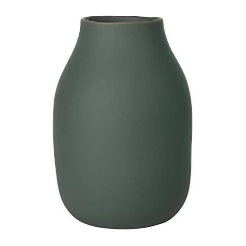 blomus -COLORA- Vase L aus Steingut, Agave Green, hergestellt in hochwertiger Handarbeit, elegante dekorative Tischvase, flächenschonende Dekoration (H / B / T: 20 x 14 x 14 cm, Agave Green, 65704)