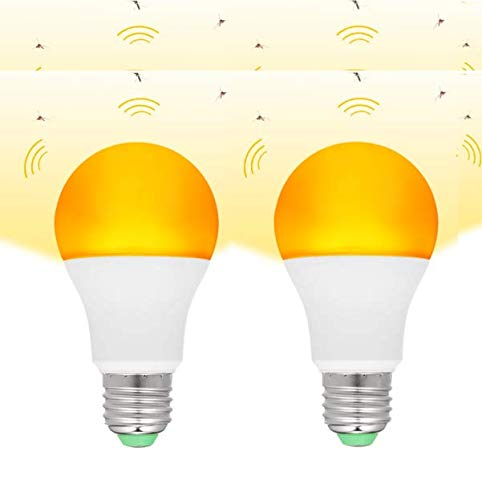 Galapara 2 Pack Yellow LED Bug Light Bulbs Dusk to Dawn Yellow Outdoor 7W E26/27 Mosquito Repellent Light Bulb No UV 570-590nm Wavelength Night Light for Outdoor Indoor Energy Saving Light