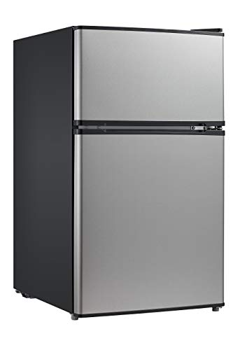 Compact Refrigerator With Freezer
