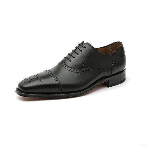 Gordon & Bros, scarpe da uomo classiche Lucquin 2830, basse, con cucitura classica, chiusura con lacci con allacciatura Oxford, con suola in cuoio e punta decorata, con lavorazione Goodyear, Nero (Black), 44 EU