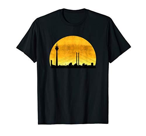 Düsseldorf T-Shirt, Skyline Silhouette im Sonnenuntergang