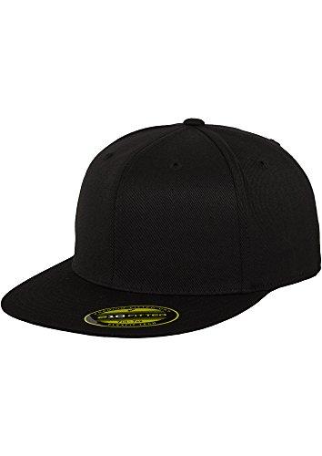 Flexfit–Premium 210Fitted Cap (Black)