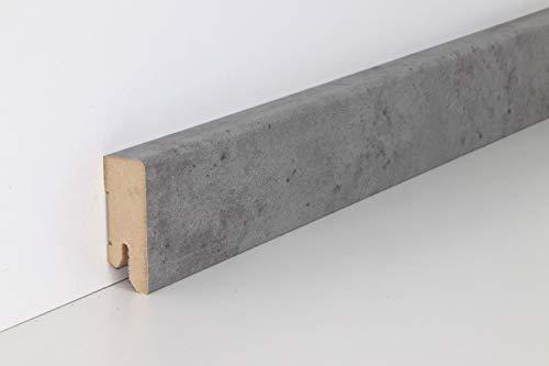 Schnell | Clip Sockelleiste mit Kabelkanal unsichtbare Befestigung 18x50x2500 mm geeignet für Feuchträume | Steindekor Beton Grau