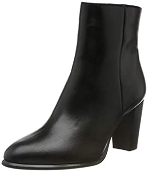 Unisa Women s Ankle Boots  Black  7 US